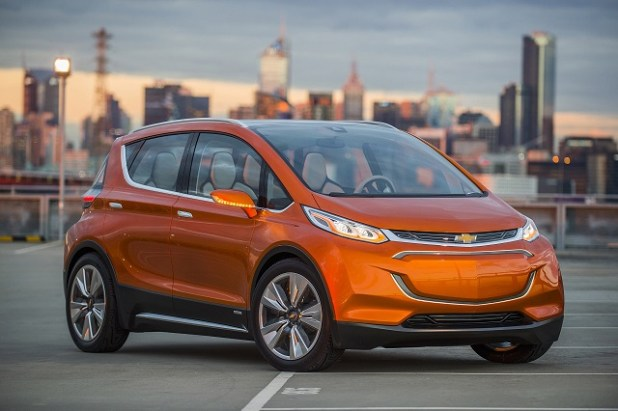 2018 Chevy Bolt Electric SUV front view
