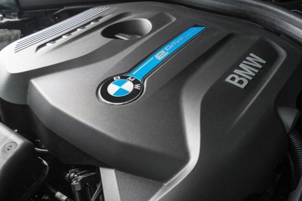 2019 BMW X3 eDrive engine