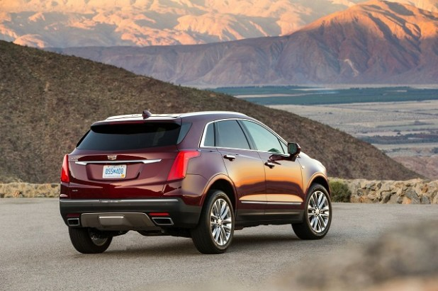 2019 Cadillac Xt5 rear view
