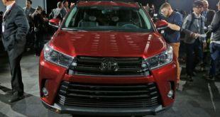 2019 Toyota Highlander front