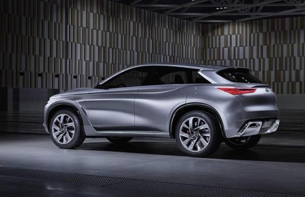 2019 Infiniti QX70 rear view