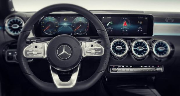 2020 Mercedes GLG interior