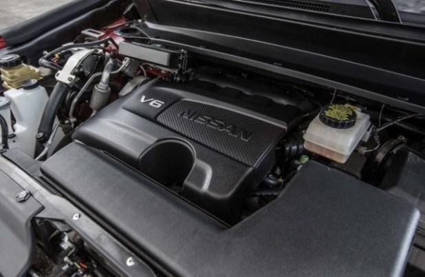 2020 Nissan Pathfinder engine