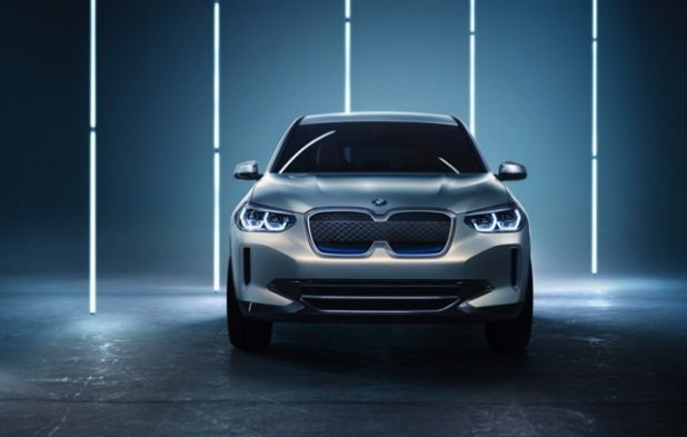 2019 BMW iX3 front view