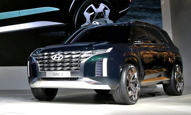 2020 Hyundai Grandmaster front view