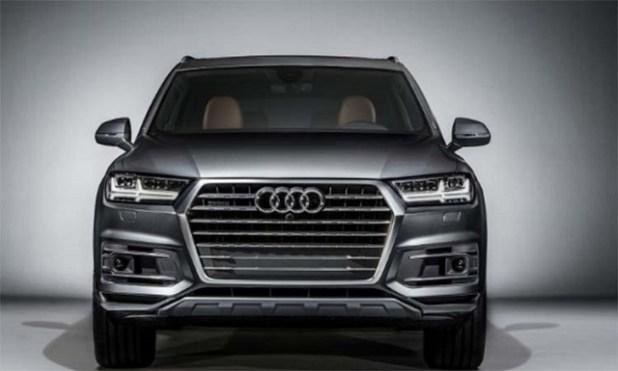 2020 Audi Q7 front view