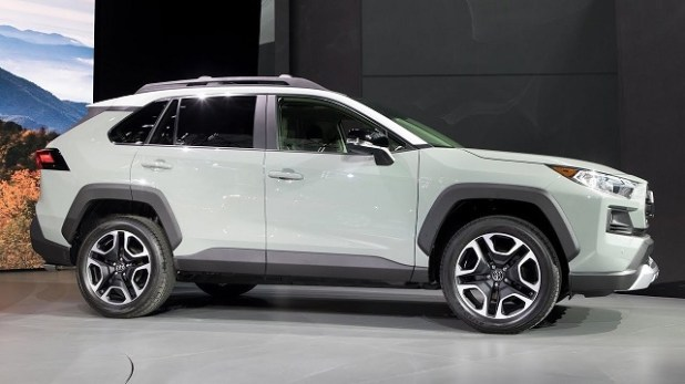 2020 Toyota RAV4 side view