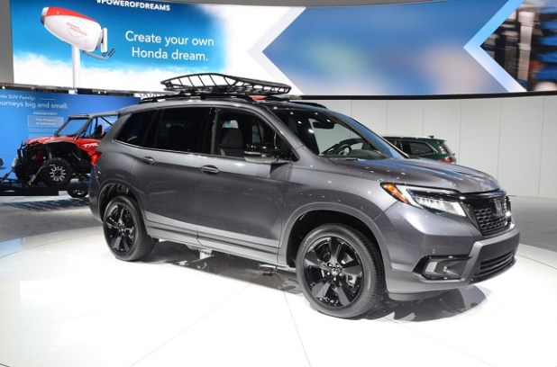 2020 Honda Passport side view