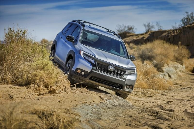 2020 Honda Passport Interior Msrp Specs 2019 And 2020 New Suv Models