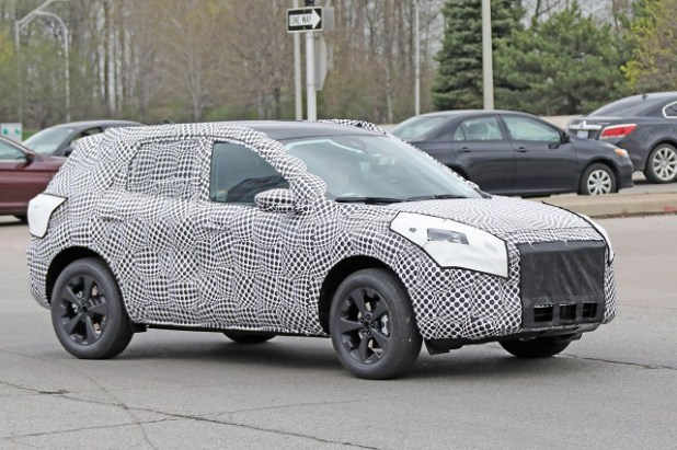 2020 Ford Kuga front view
