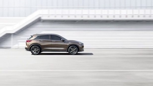 2020 Infiniti QX50 side view