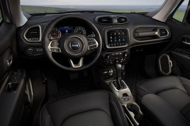 2022 Jeep Renegade Interior