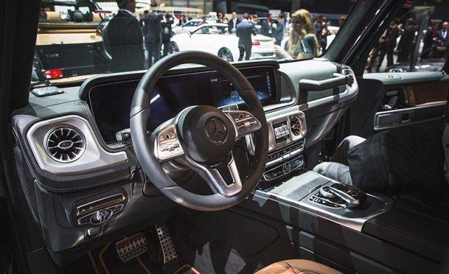 2019 Mercedes-Benz G-Wagon interior