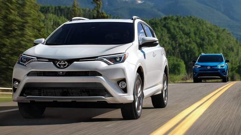 2019-Toyota-RAV4-Hybrid.jpg