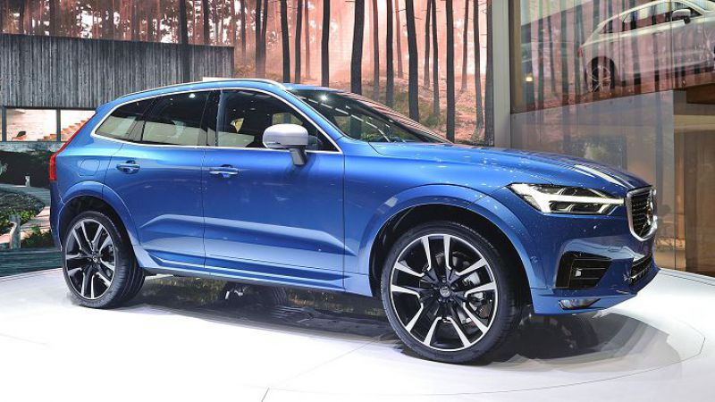 2019-Volvo-XC60.jpg