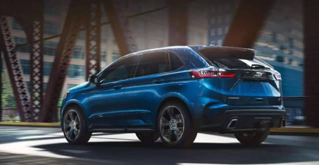 2019 Ford Edge Sport rear