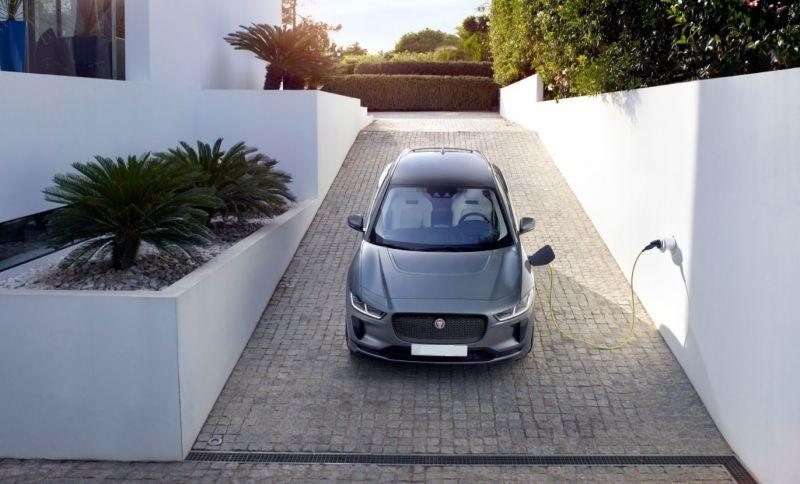 2019-Jaguar-I-Pace-front.jpg