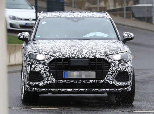 2020 Audi SQ3 front