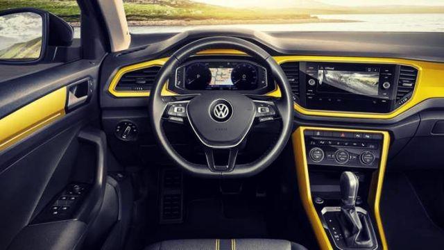 2019 Volkswagen T-Roc interior