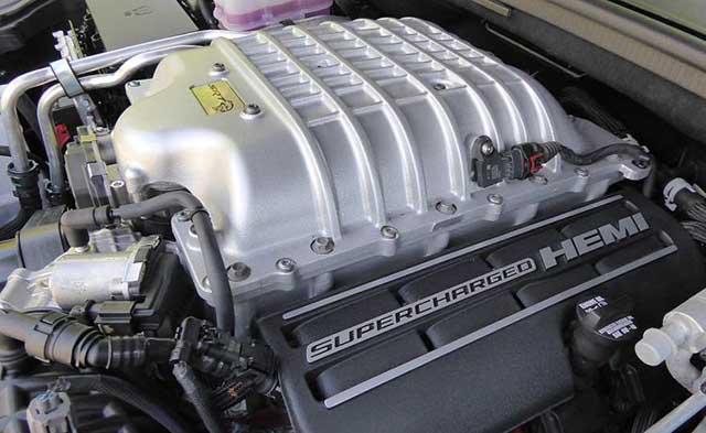 2020 Jeep Grand Cherokee Trackhawk hellcat engine