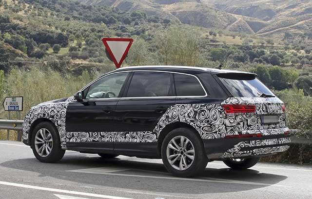 2020 Audi Q7 spy photos