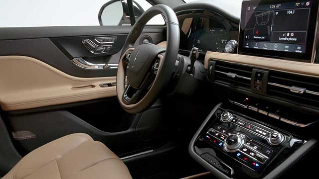 2020 Lincoln Corsair interior
