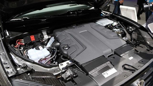 2020 Volkswagen Touareg v8