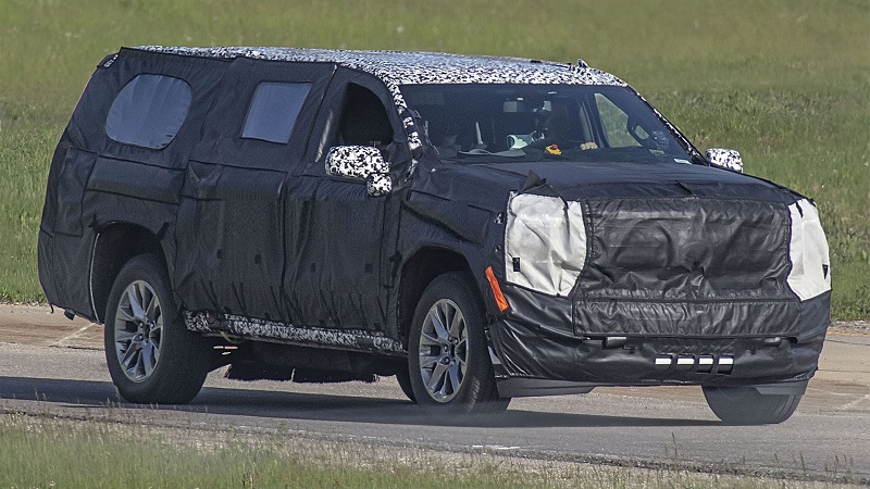 2021 Chevy Suburban Spied With High Country Package - SUV ...