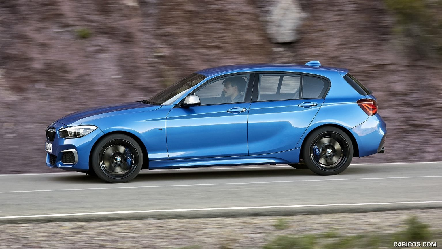 2020 BMW M140i look hd pictures Interior