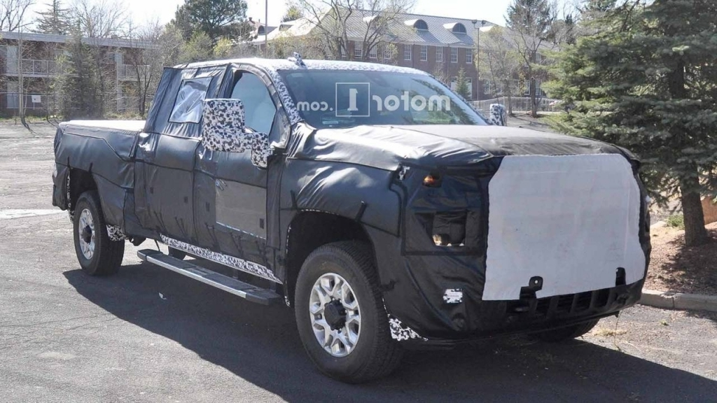 2020 Chevy Silverado Spy Shots
