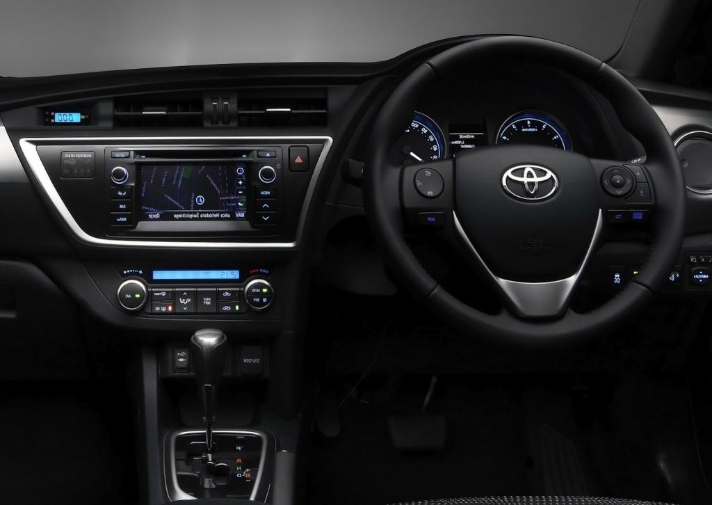2020 Toyota Auris Interior