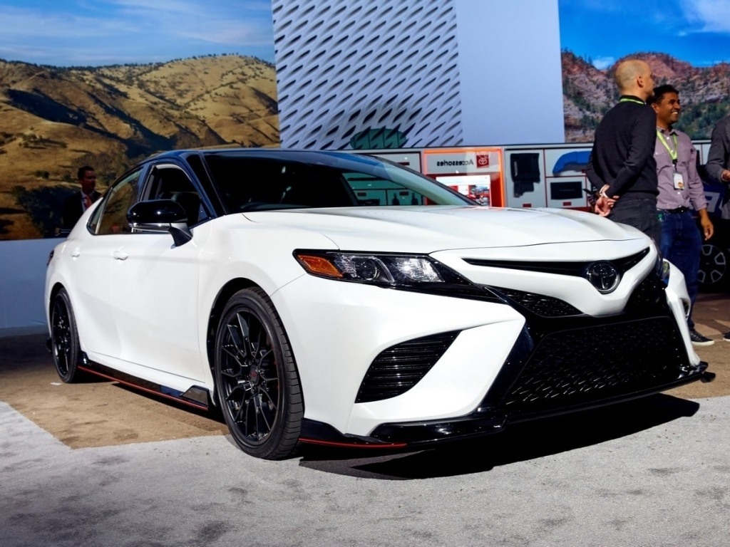 2020 Toyota Camry Wallpapers