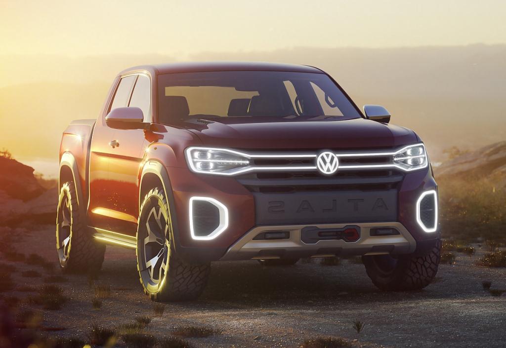2021 VW Atlas Tanoak Images