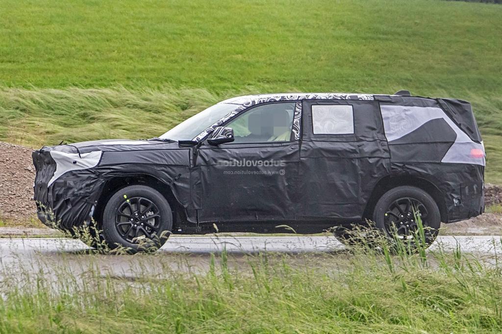 2022 Jeep Grand Wagoneer Powertrain