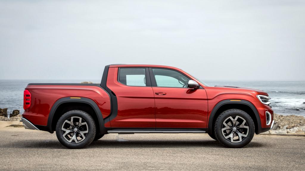2022 VW Atlas Tanoak Pickup Truck Engine