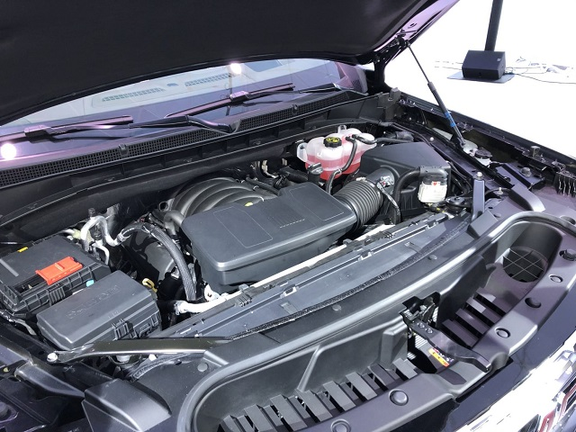 2022 GMC Yukon engine