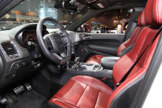 2019 Dodge Durango SRT interior