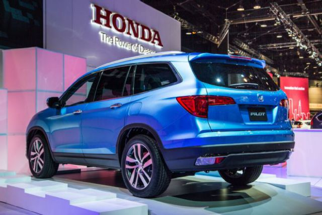 2019 Honda Pilot rear