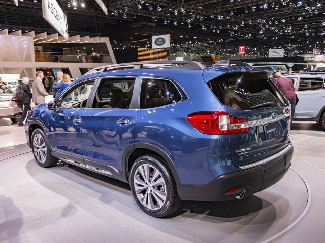2019 Subaru Ascent side view
