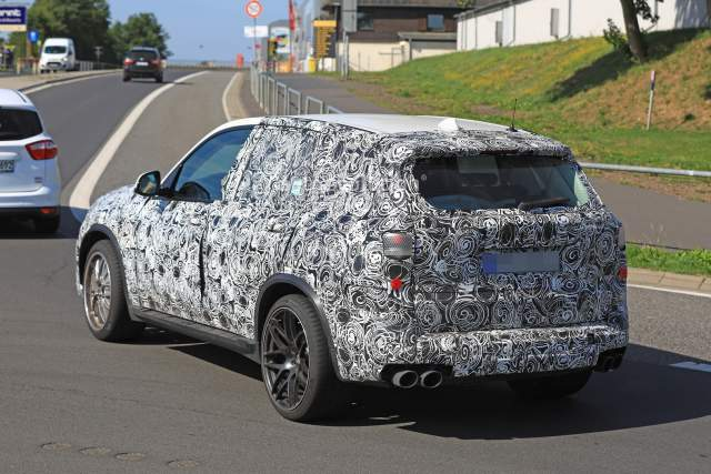 2019 BMW X5M spy shot
