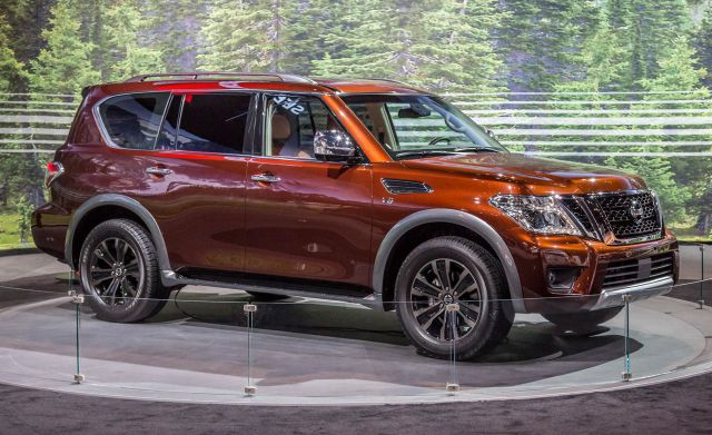 2019 Nissan Armada side