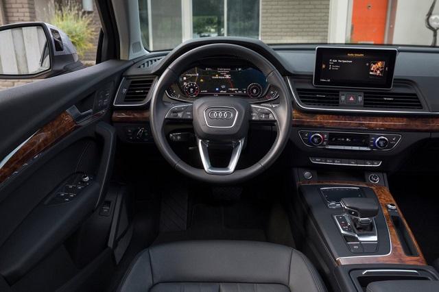 2020 Audi Q5 interior