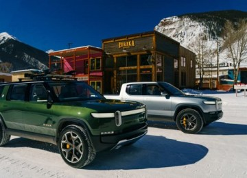 2021 Rivian R1S and r1t
