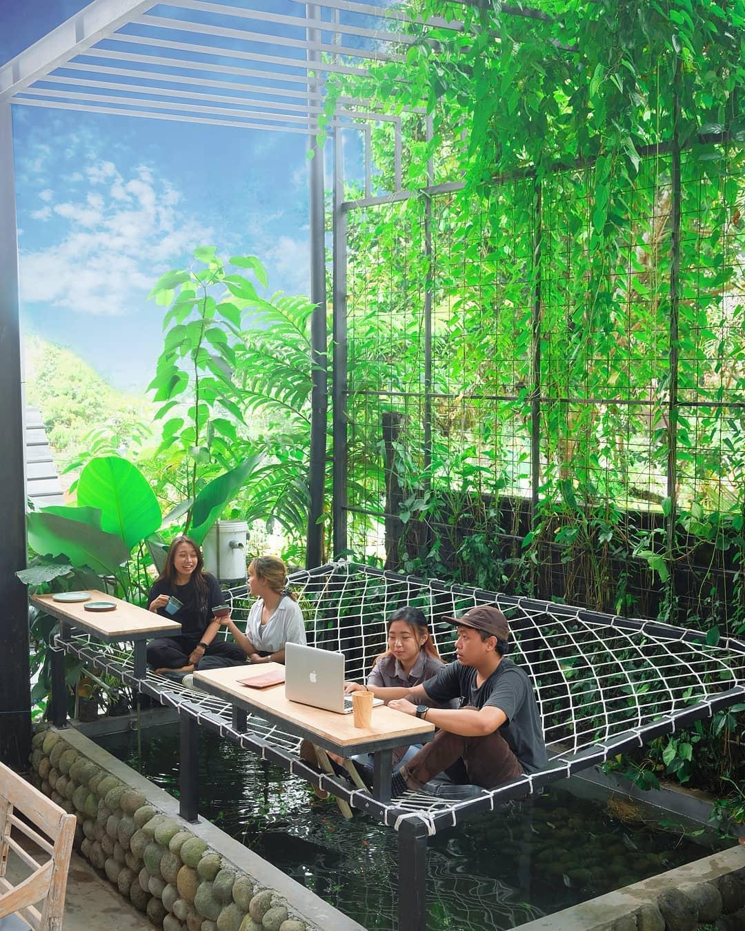 Naruna Creative Space & Cafe