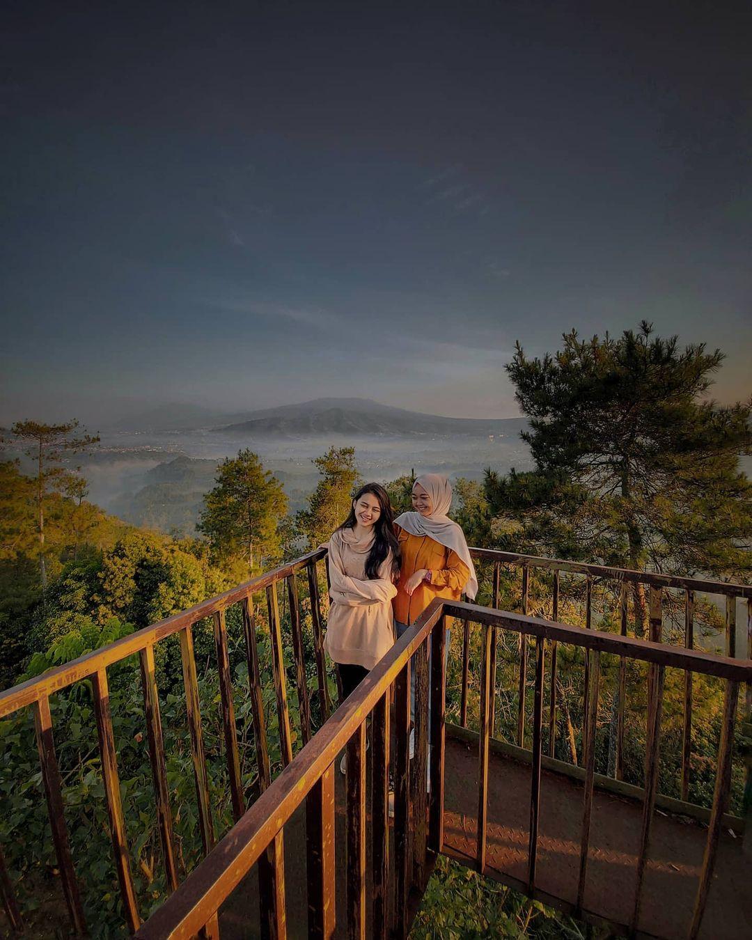Tebing Karaton Bandung