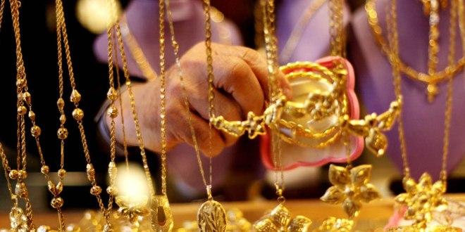 الذهب يتجاوز عتبة 19000 في #السويداء اليوم الثلاثاء 19/2/2019