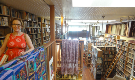 cottage grove used book store source of blue and gold reticule