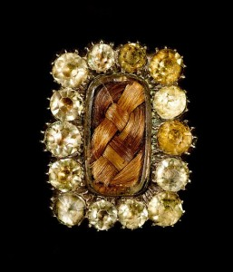 Mourning brooch with paste jewels, circa 1800