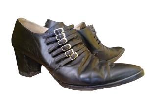 Schoenen van Dr. Adams. Jaren negentig