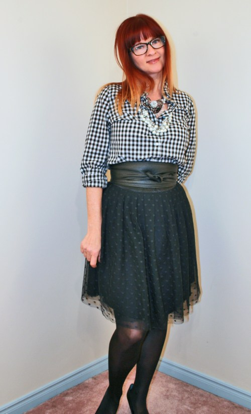 How to wear gingham and tulle